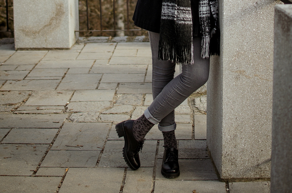 Black_grey_outfit_6