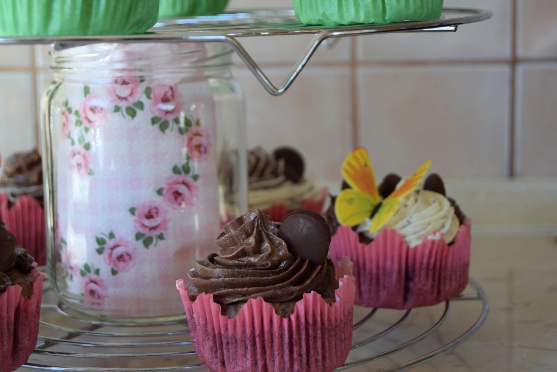 Muffins_mint_chocolate_butter_cream_Zala_Zagoricnik_1