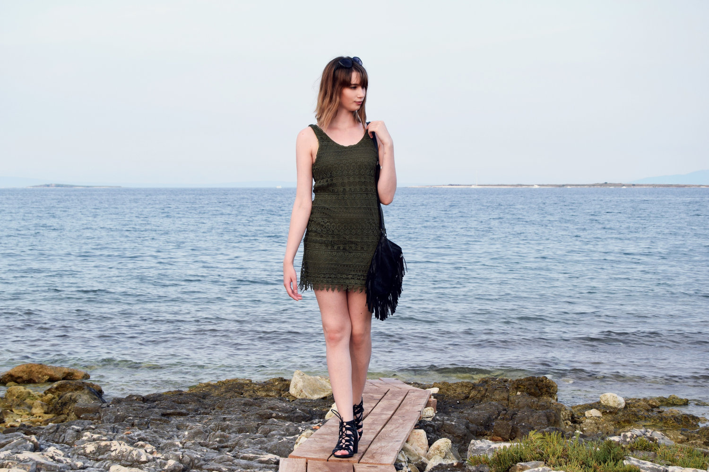Seaside_lace_dress_outfit_Zala_Zagoricnik_11