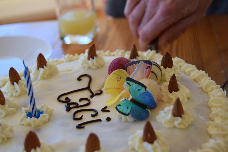 Birthday_cakes_Zalabell_4