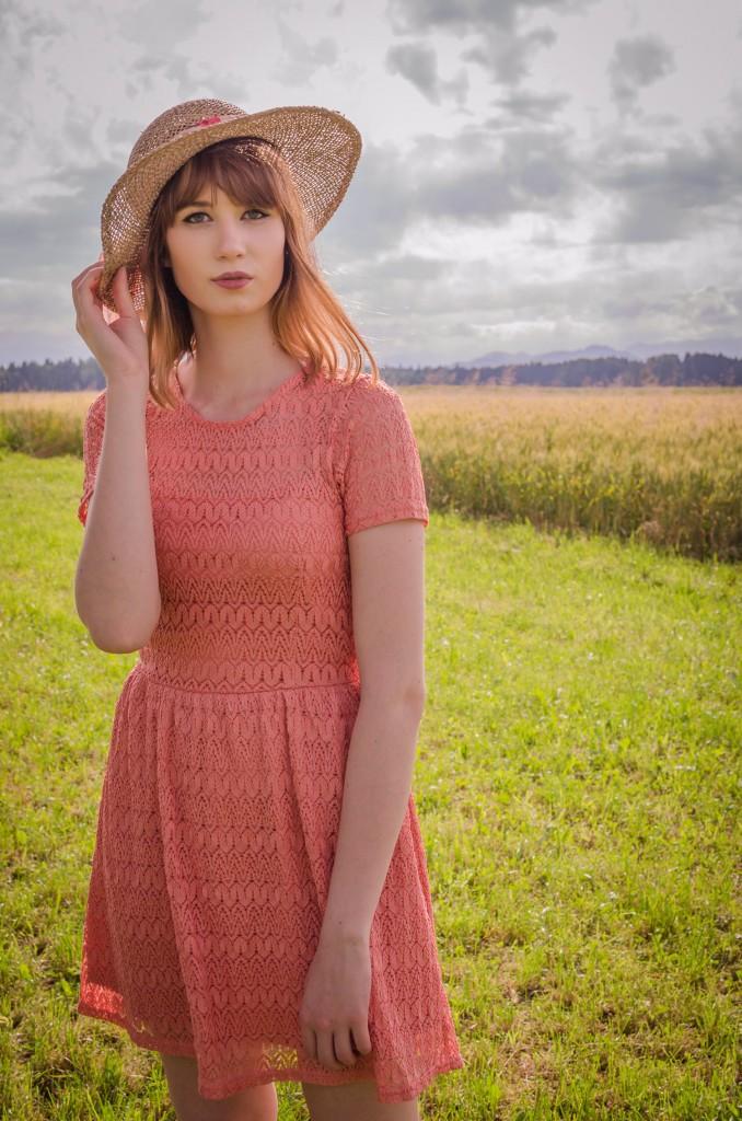 Lace_dress_summer_Zalabell_Zala_Zagoricnik_5