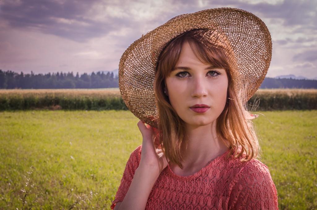 Lace_dress_summer_Zalabell_Zala_Zagoricnik_7