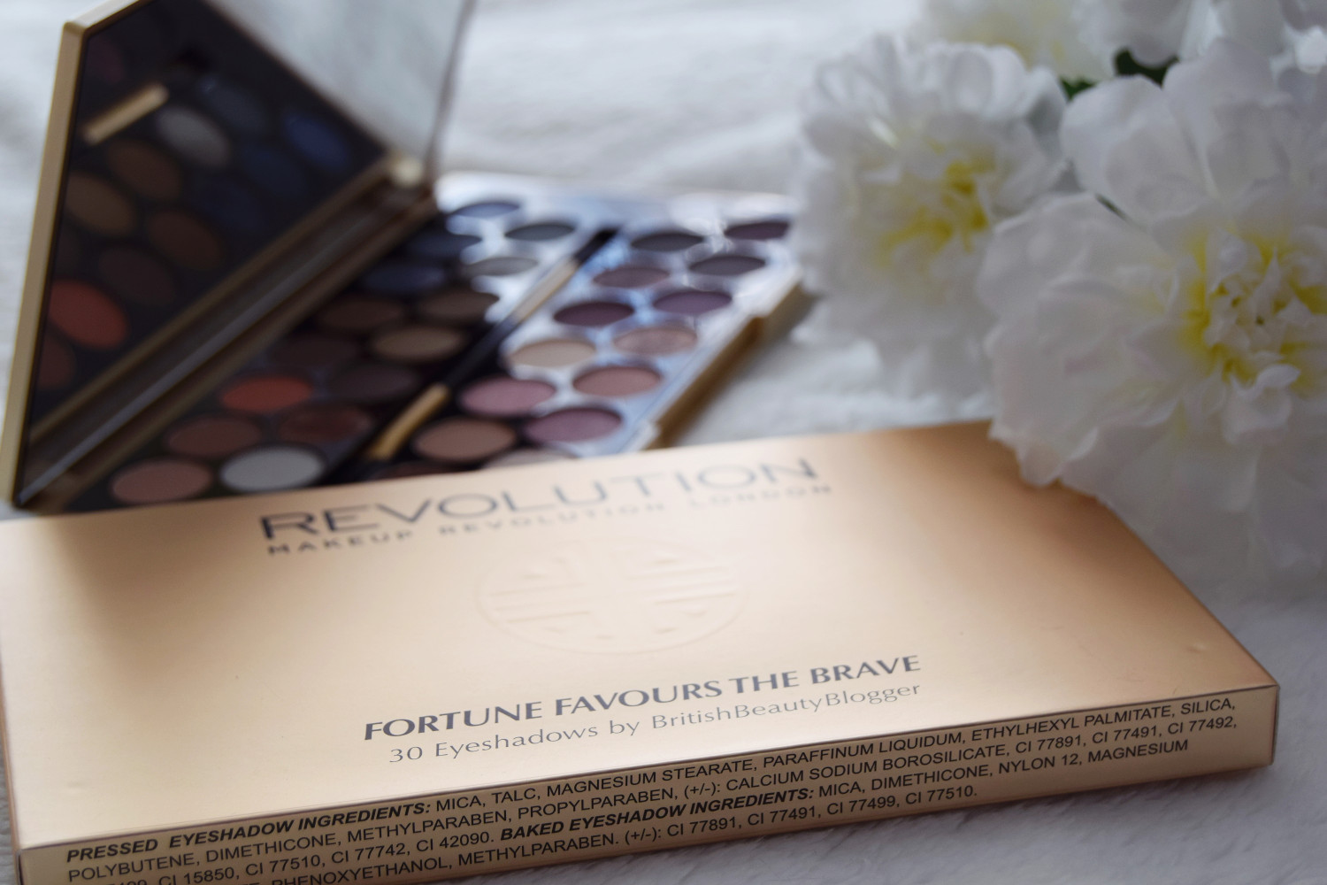 Makeup_Revolution_London_haul_review_Fortune_favours_the_brave_eyeshadows_Zalabell_3