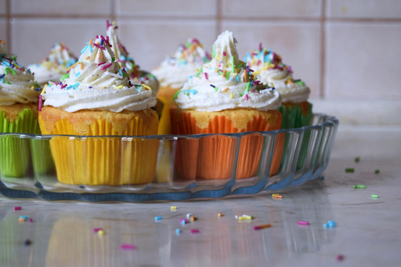rainbow_cupcakes_recipe_zalabell_1