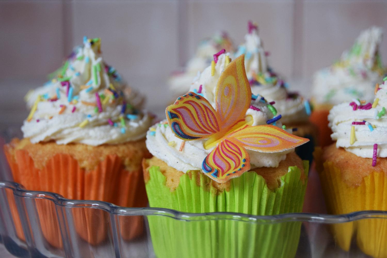 rainbow_cupcakes_recipe_zalabell_10