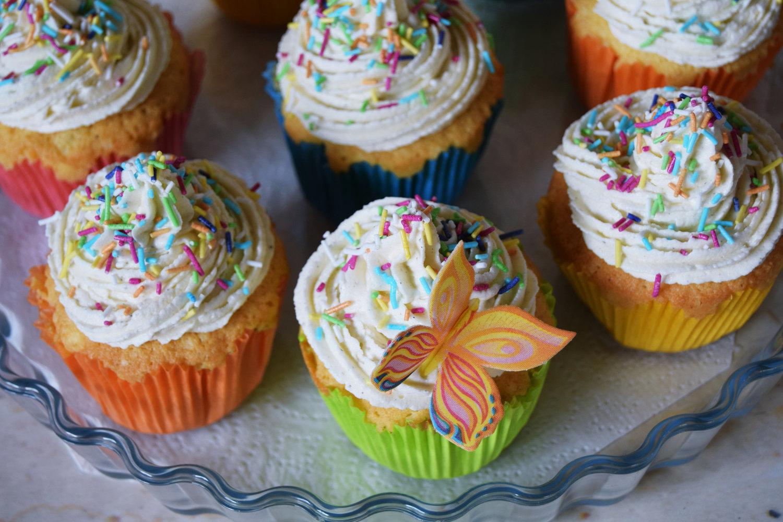 rainbow_cupcakes_recipe_zalabell_12
