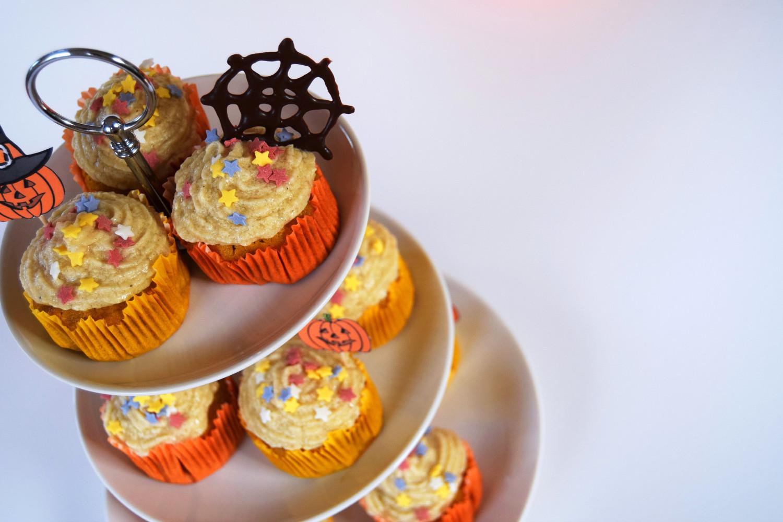 halloween_cupcakes_pumpkin_goji_party_zalabell_recipe_10