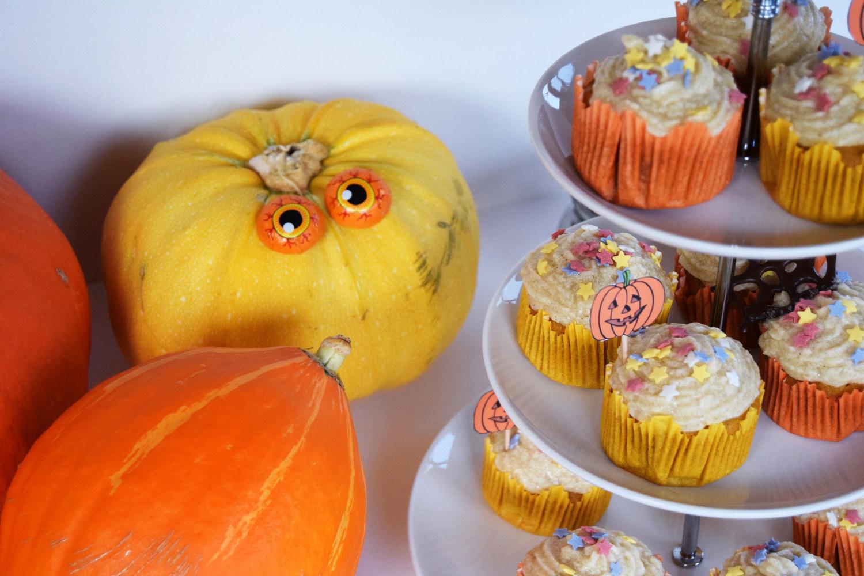 halloween_cupcakes_pumpkin_goji_party_zalabell_recipe_11