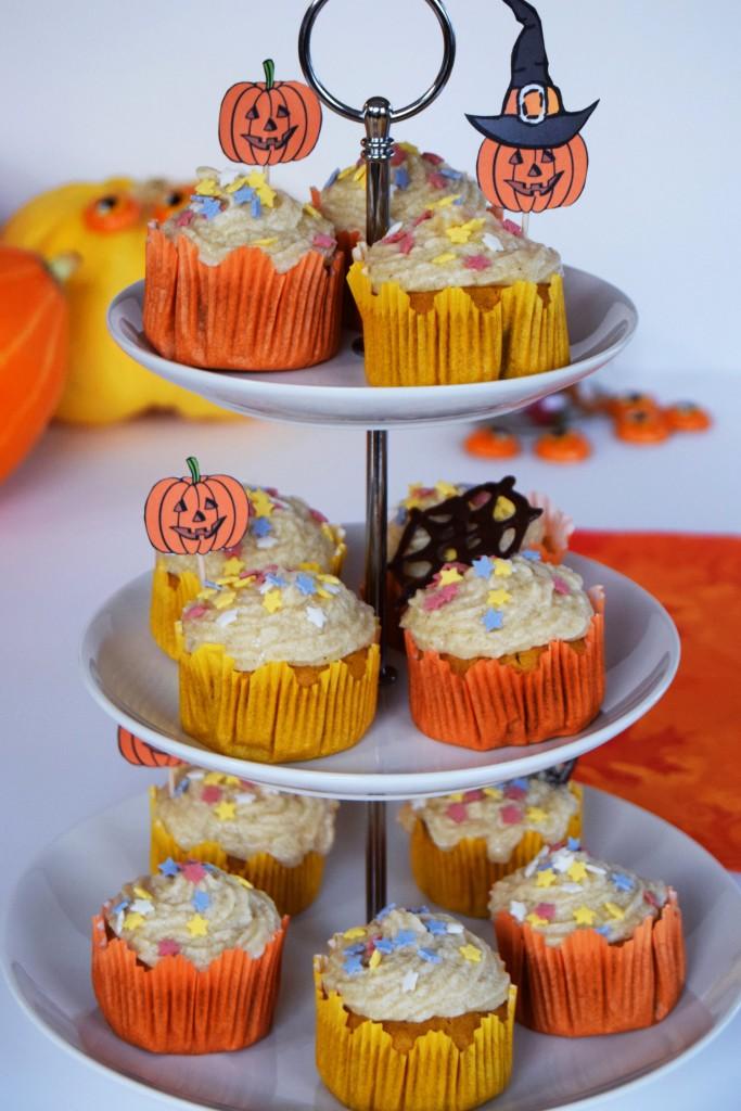 halloween_cupcakes_pumpkin_goji_party_zalabell_recipe_12