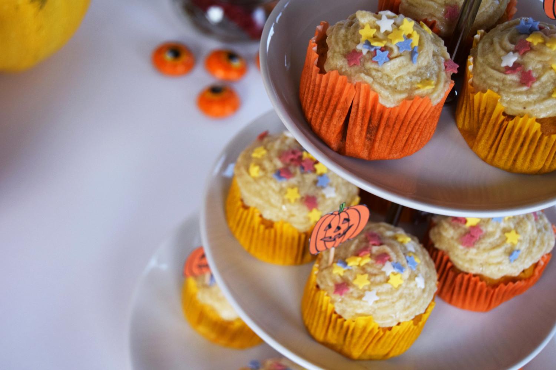 halloween_cupcakes_pumpkin_goji_party_zalabell_recipe_13