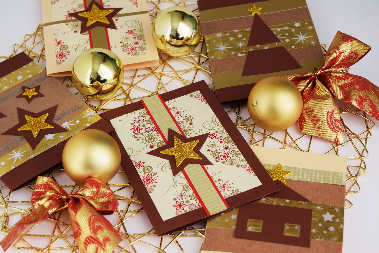 christmas_cards_zalabell_ideas_diy_creative_gold_stars_10