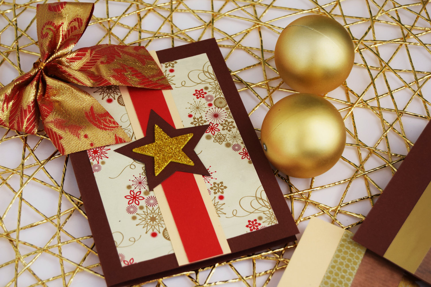christmas_cards_zalabell_ideas_diy_creative_gold_stars_2