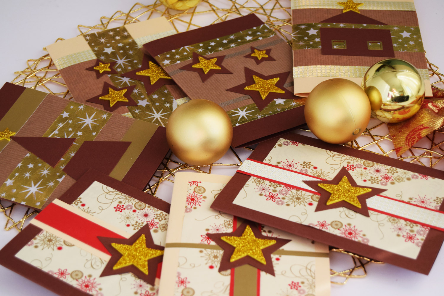 christmas_cards_zalabell_ideas_diy_creative_gold_stars_4