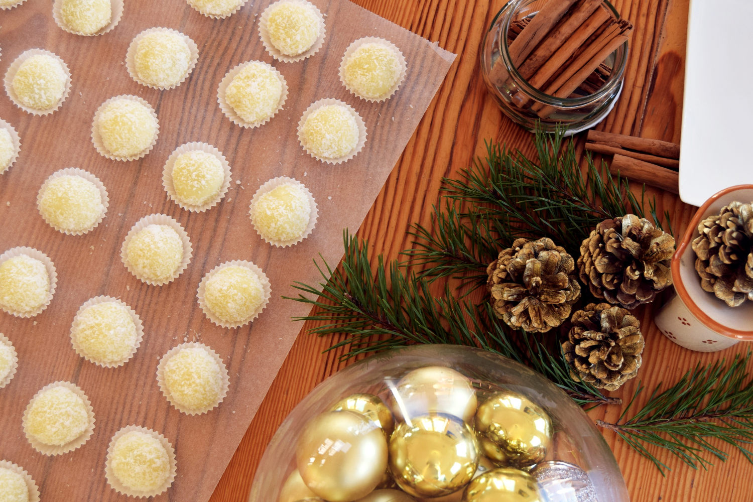coconut-snowballs-recipe-zalabell-christmas_10
