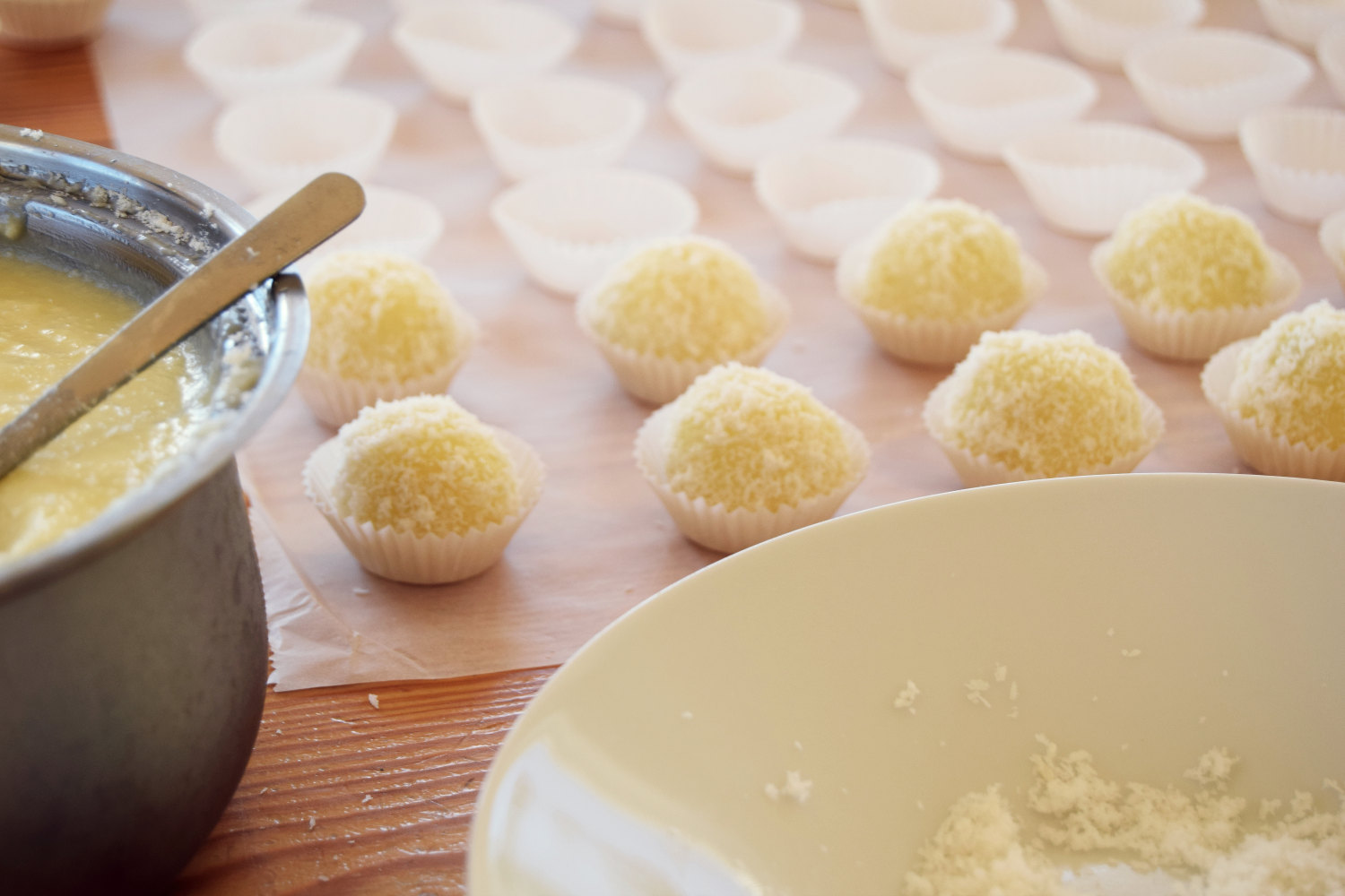 coconut-snowballs-recipe-zalabell-christmas_4