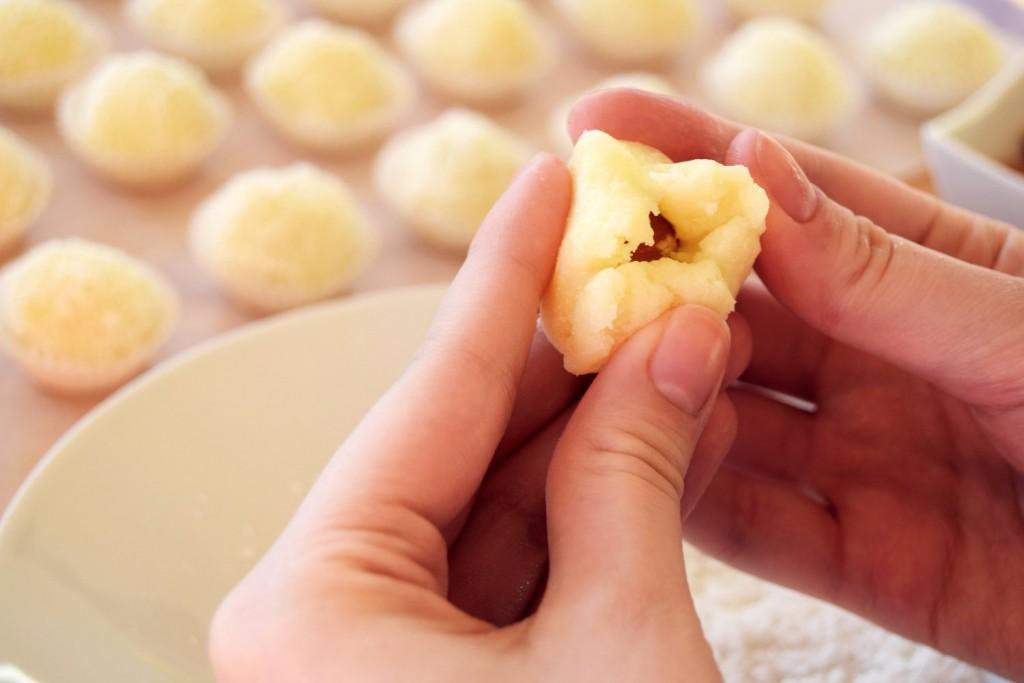 coconut-snowballs-recipe-zalabell-christmas_7