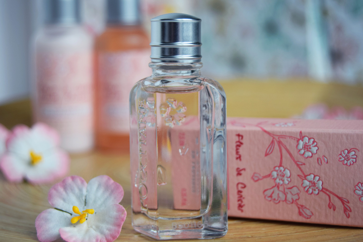 Cherry_blossom_L'Occitane_Zalabell_beauty_4
