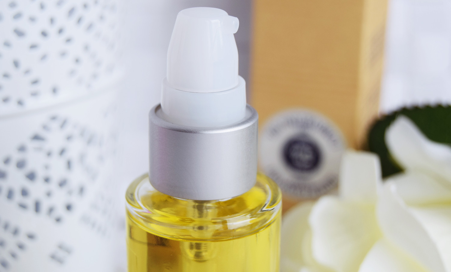 L'Occitane_face_oil_karite_shea_review_Zalabell_beauty_2