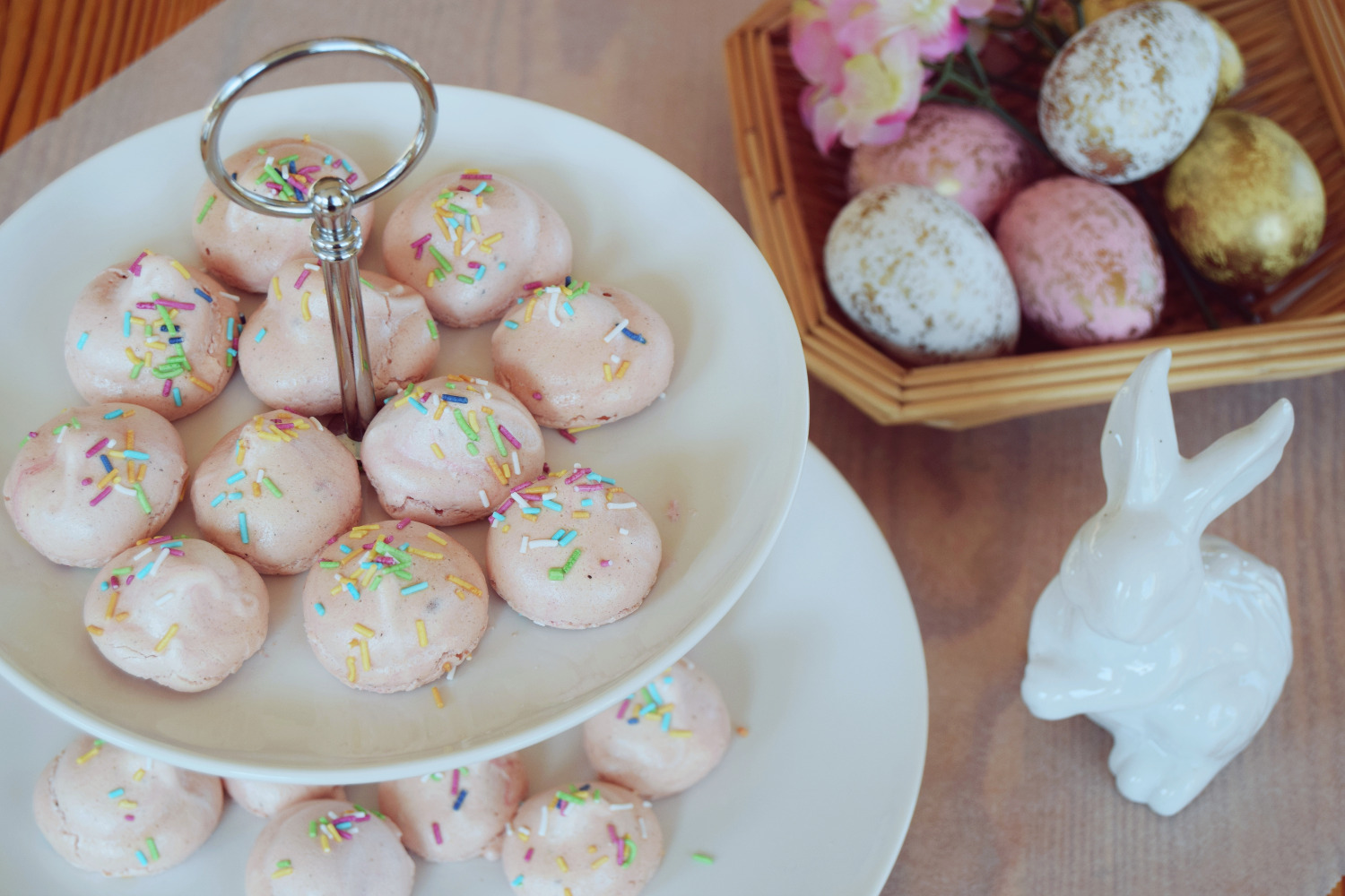 Mini_Pink_Meringues_Recipe_Zalabell_9