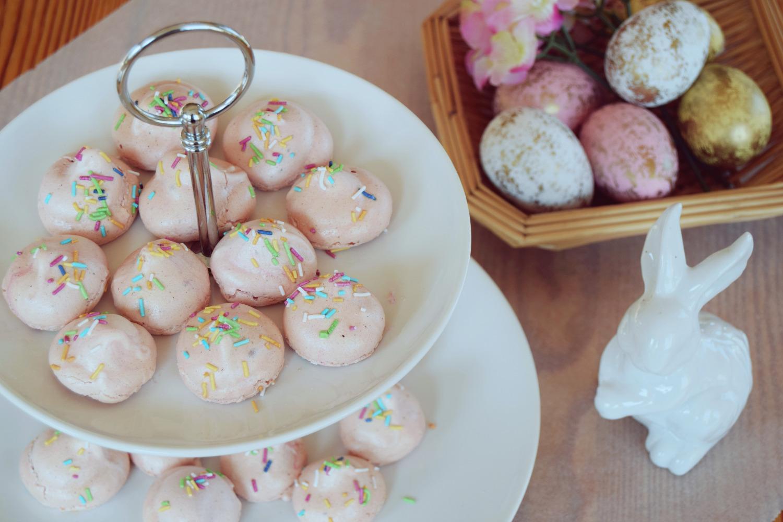 Mini_Pink_Meringues_Recipe_Zalabell_9