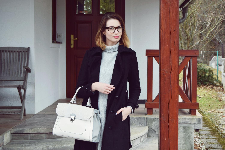 Spring_fashion_silver_shoes_deichmann_zalabell_grey_black_ootd_1