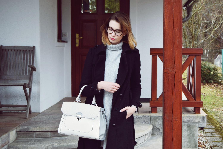 Spring_fashion_silver_shoes_deichmann_zalabell_grey_black_ootd_5