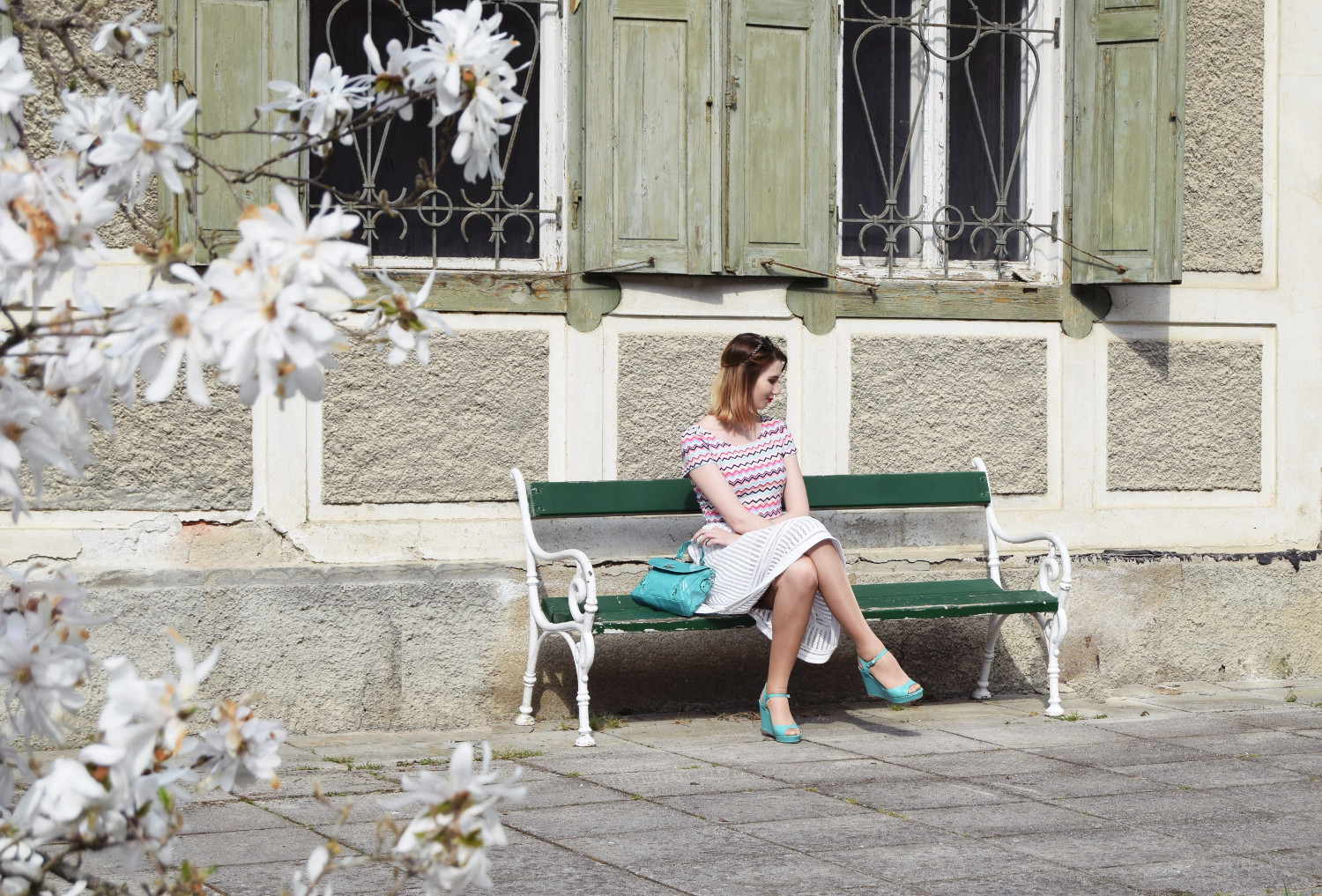 Spring_skirt_white_fashion_outfit_Zalabell_style_1