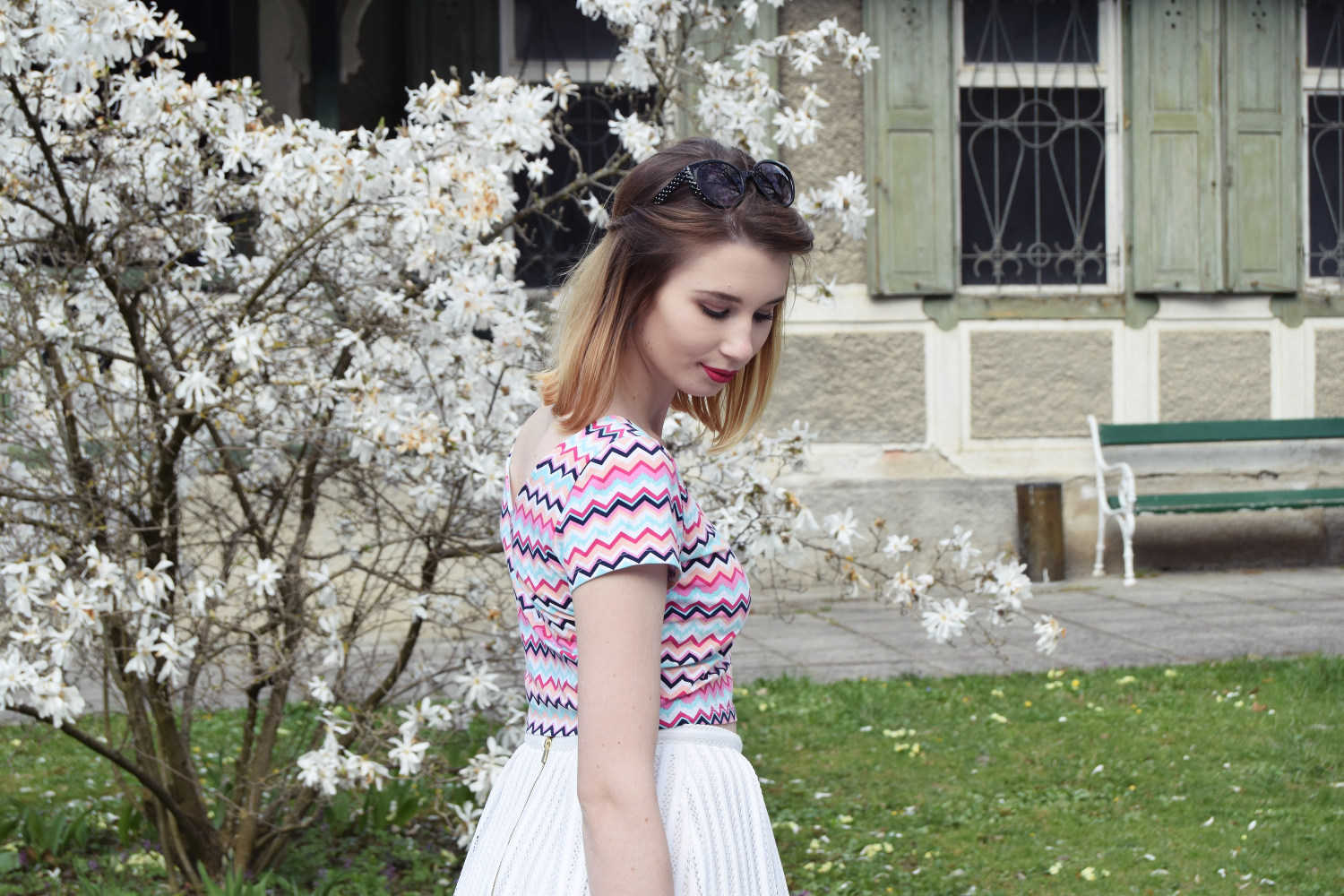 Spring_skirt_white_fashion_outfit_Zalabell_style_2