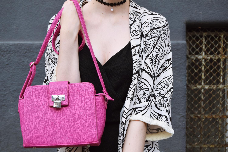 Zalabell_Blondberry_fashion_elegant_black_kimono_outfit_9
