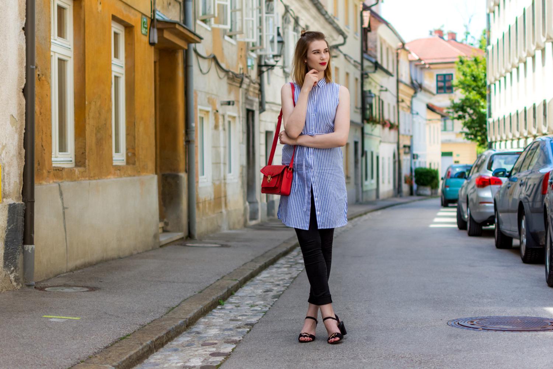 Zalabell_fashion_summer_blue_shirt_red_bag_1