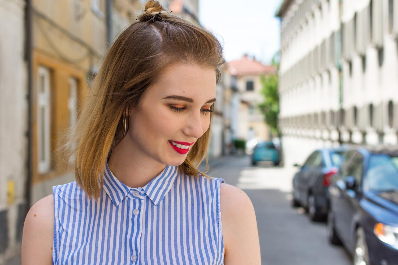 Zalabell_fashion_summer_blue_shirt_red_bag_3