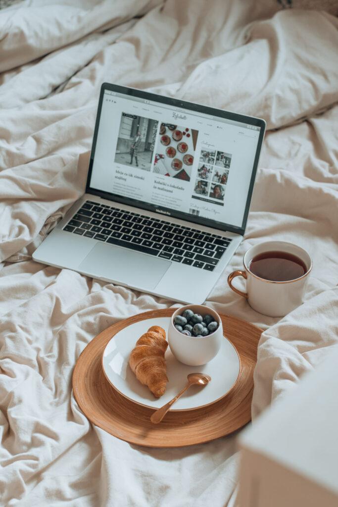 blog, macbook, flatlay, brunch, inspo